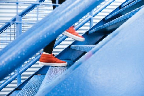 Walking Stairs For 10 Minutes Boosts Energy More Than Can Of Soda, Study Finds