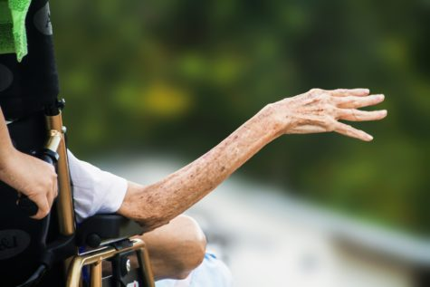 Study: Older Adults Make Riskier Decisions Than Younger People