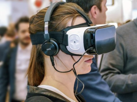 No Meds Needed: Virtual Reality Therapy Reduces Pain for Hospital Patients, Study Finds