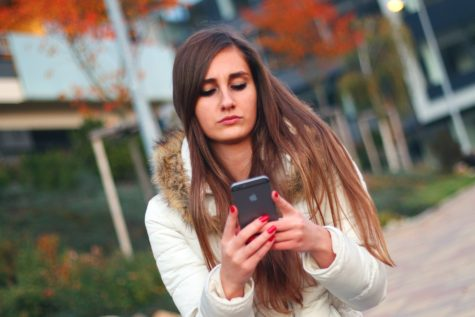 Sexting Not Linked To Increase In Real-Life Sexual Activity, Study Finds