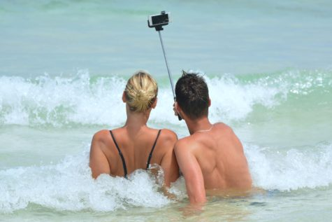Survey: Most People Can't Stand Seeing Vacation Photos On Social Media