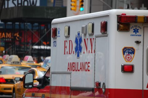 Study: Gunshot, Stabbing Victims More Likely To Die If Taken To Hospital By Ambulance
