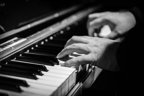 Brains Of Jazz & Classical Musicians Work Differently When Playing Piano