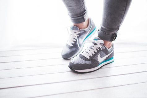 Daily Brisk Walk May Significantly Lengthen Lifespan In Older Women