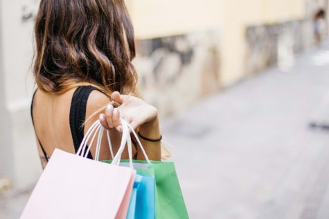 Bargain Hunters View Customer Service Workers As Less Than Human, Study Finds