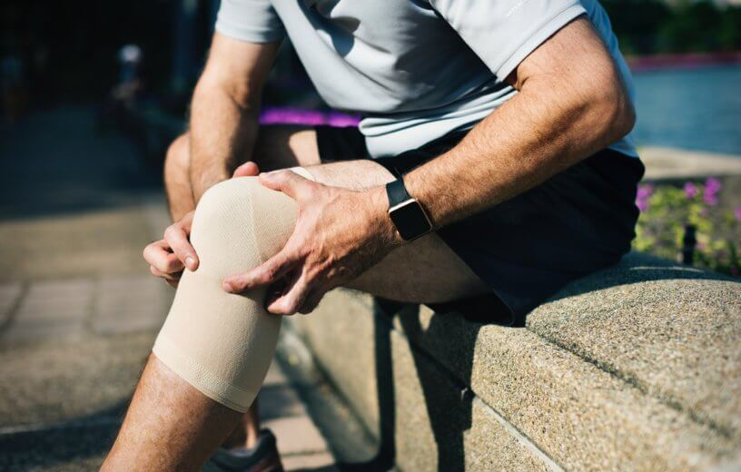 Man with knee injury