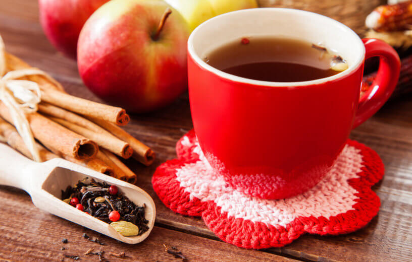 Spiced tea with cinnamon and apples