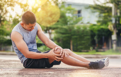 Runner with knee injury, possible torn ACL