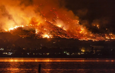 Wildfire near Lake Elsinore, California