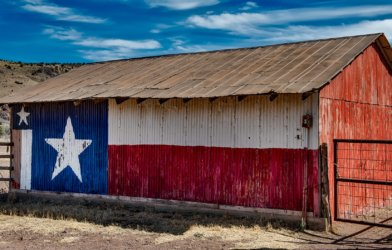 Texas flag painted on barn