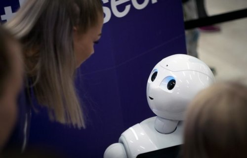 Robot interacting with human