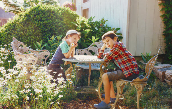 Study Says, Children Get Bored Outside After 30 Minutes!